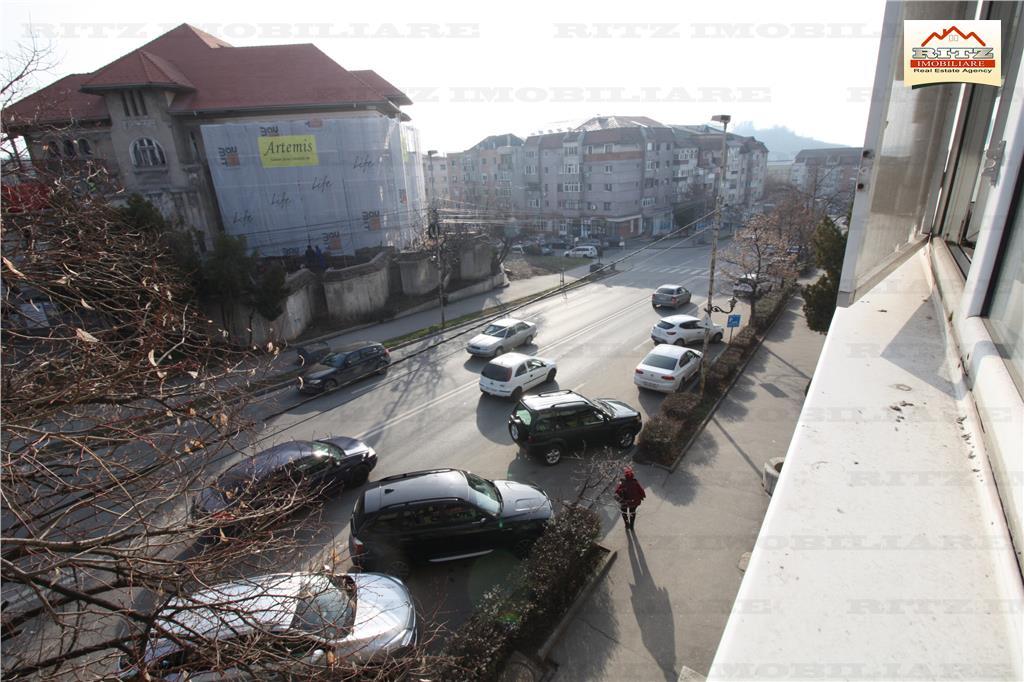 NOU ! 2 cam Et.2+GARAJ, zona N.Titulescu/Kaufland. COMISION 0%