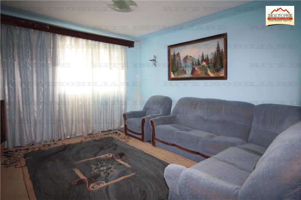 NOU ! 2 camere Et.3, LA PRET DE GARSONIERA, zona Sc.nr.2