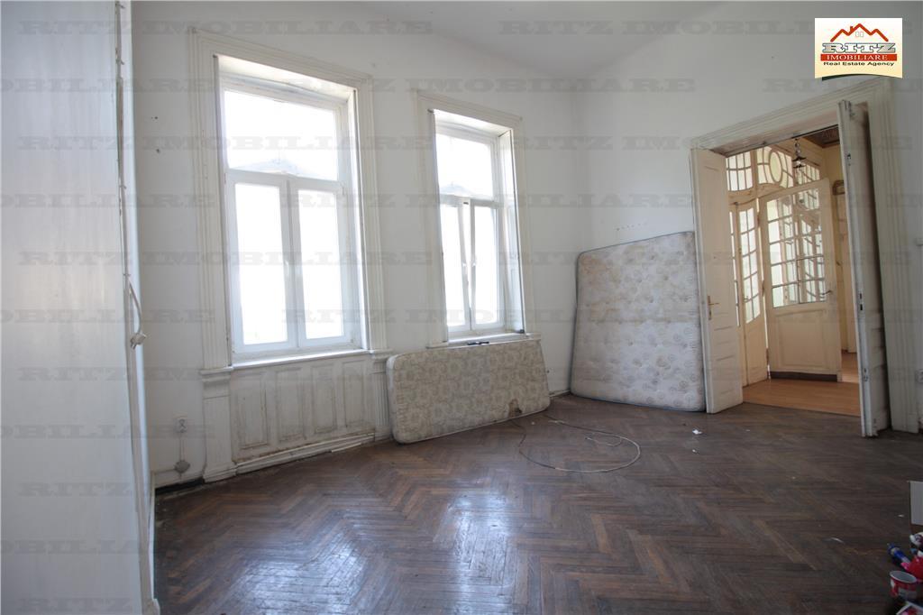 Investitie! Casa Monument Istoric pretabila clinica, birouri,hotel boutique