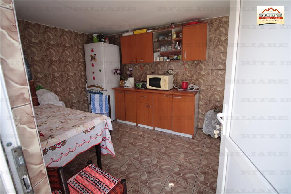 NOU! Casa mobilata si utilata cu teren in ARCESTI PLESOIU!