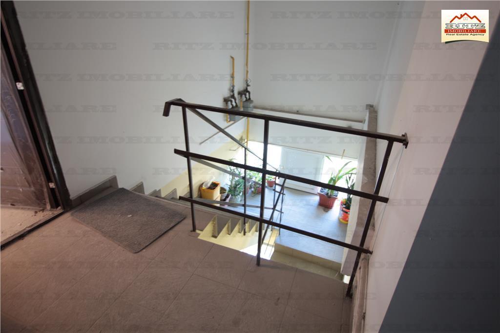 NOU ! 2 cam+balcon, zona ULTRACENTRALA ! COMISION 0%
